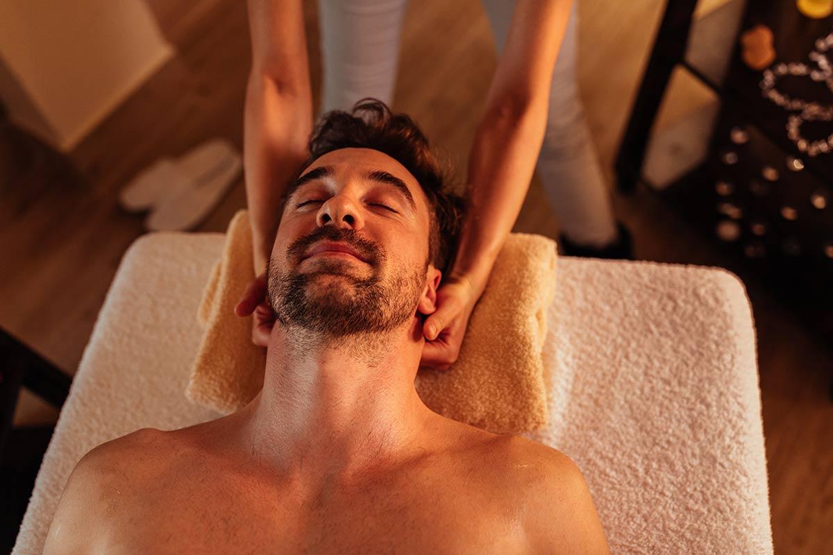 Savanna Spa: Kopf-Massage im Raum Troisdorf, Siegburg & Bonn
